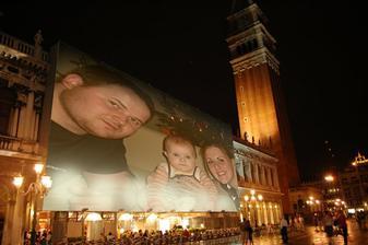 Tak to jsme my a naše malá Emma :o)