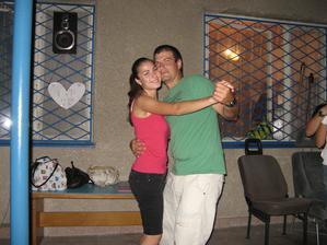 Předmanželský první tanec . - ))