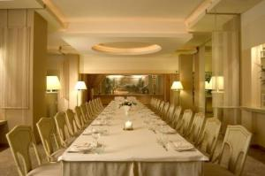 Uszaky - hotel komeda