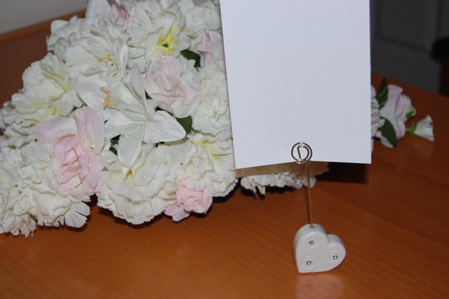 Uszaky - Srdieckovy stojacik - na cisla stolikov