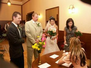 se svědky před obřadem