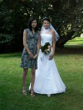s mou sestrou a zároveň svědkyní