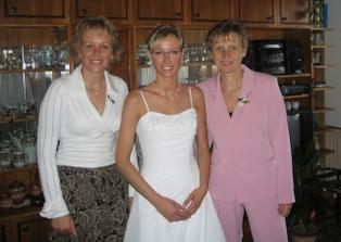 čekání na ženicha ... s mojí sestrou a mamkou