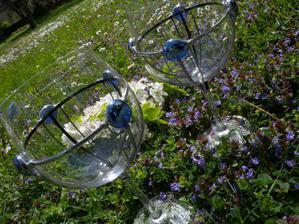 """naše """"čaše"""" na prípitok. Som chcela iný tvar, ale hold robené na zákazku a blbá domluva, tak sú aké sú ;):)"""
