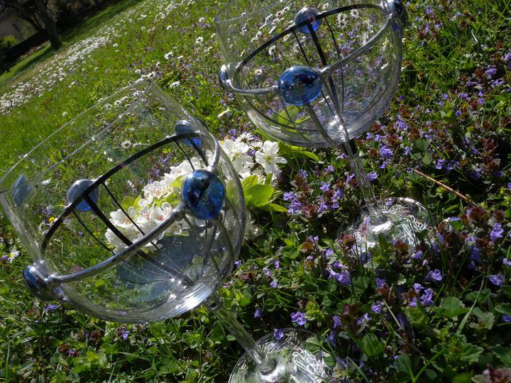 """Už čoskoro - naše """"čaše"""" na prípitok. Som chcela iný tvar, ale hold robené na zákazku a blbá domluva, tak sú aké sú ;):)"""