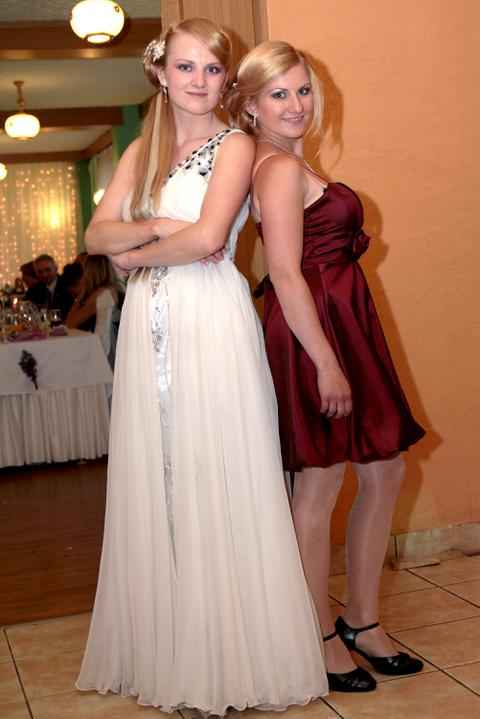 Monika Keseyová{{_AND_}}Lukáš Vach - so sestričkou