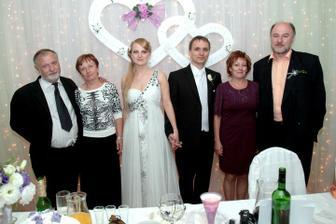 manželovi rodičia, my dvaja a moji rodičia
