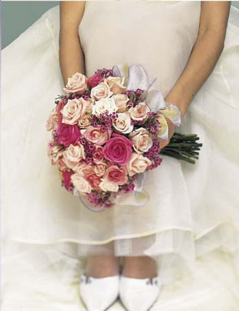 Myška a jej predstavy o svadbe - Takúto kyticku by som chcela, je veeeľmi pekná :-) ale ja to ešte určite zmením