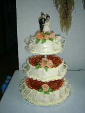 tenhle dort je kompromis mezi marcipánem a ovocným kouskem ...