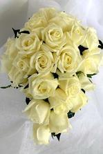 tvar ideální ale opět bílé a růžové růžičky