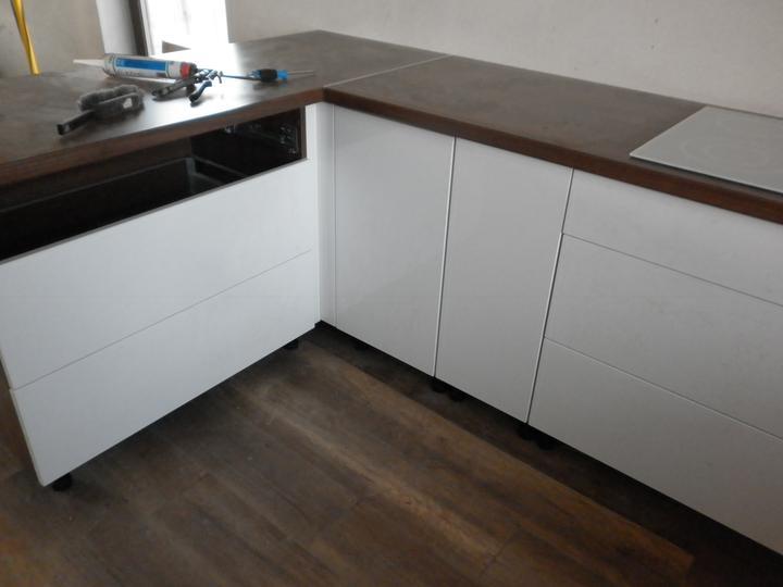 Kuchyna sa črta :) - Obrázok č. 2