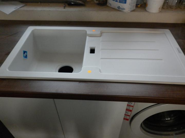 Kuchyna sa črta :) - bateria bude biela