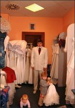 Přítel má také rozhodnuto o obleku.