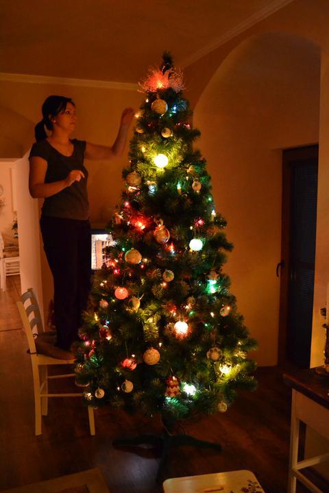 Konečne bývame :D - konečne máme stromček aj my :)