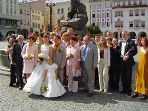 účastníci obřadu, celkem se nás na svatbě sešlo asi 80 lidí