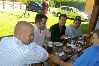 chlapi a jídlo... jak jinak :-)