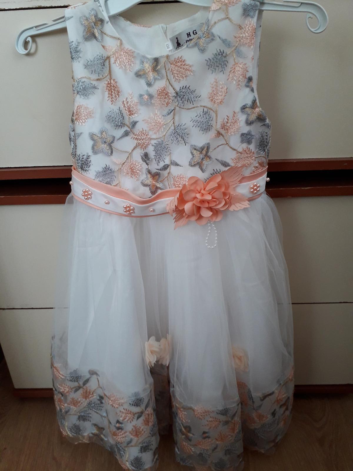 Nádherné šaty pre princeznú - Obrázok č. 2