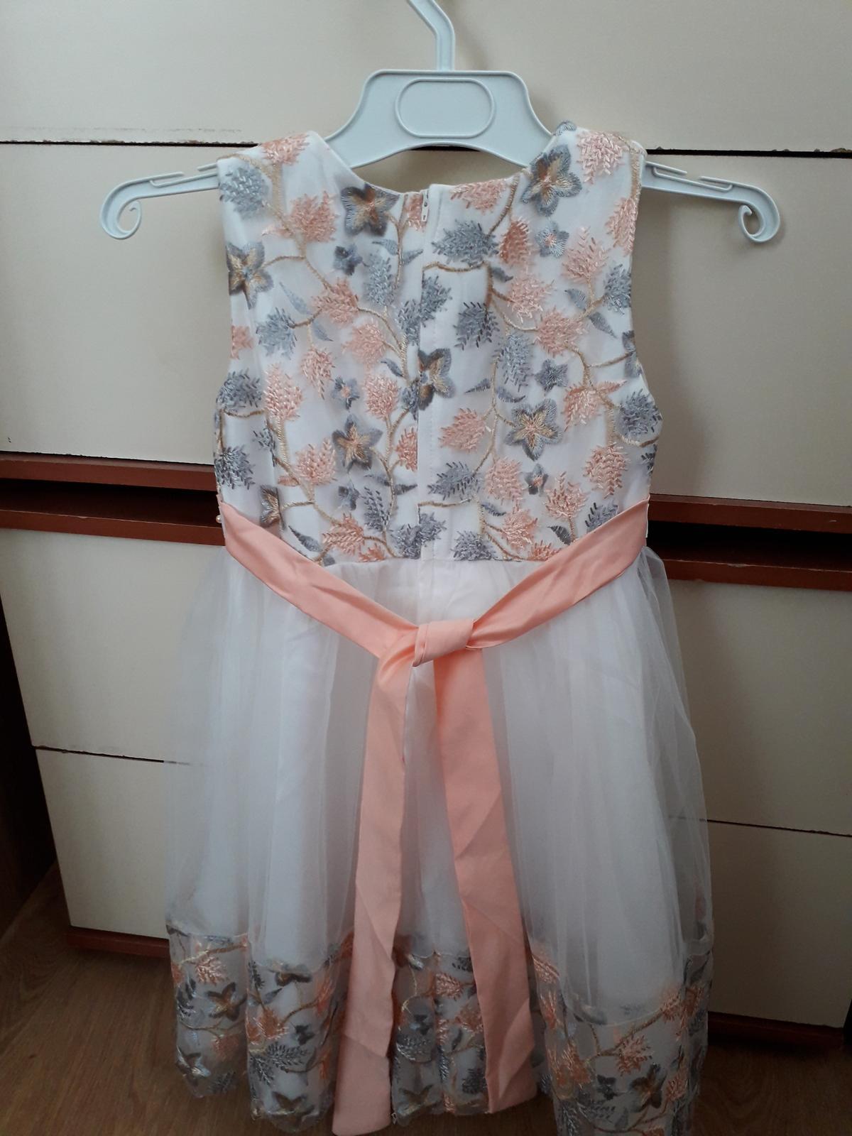 Nádherné šaty pre princeznú - Obrázok č. 3
