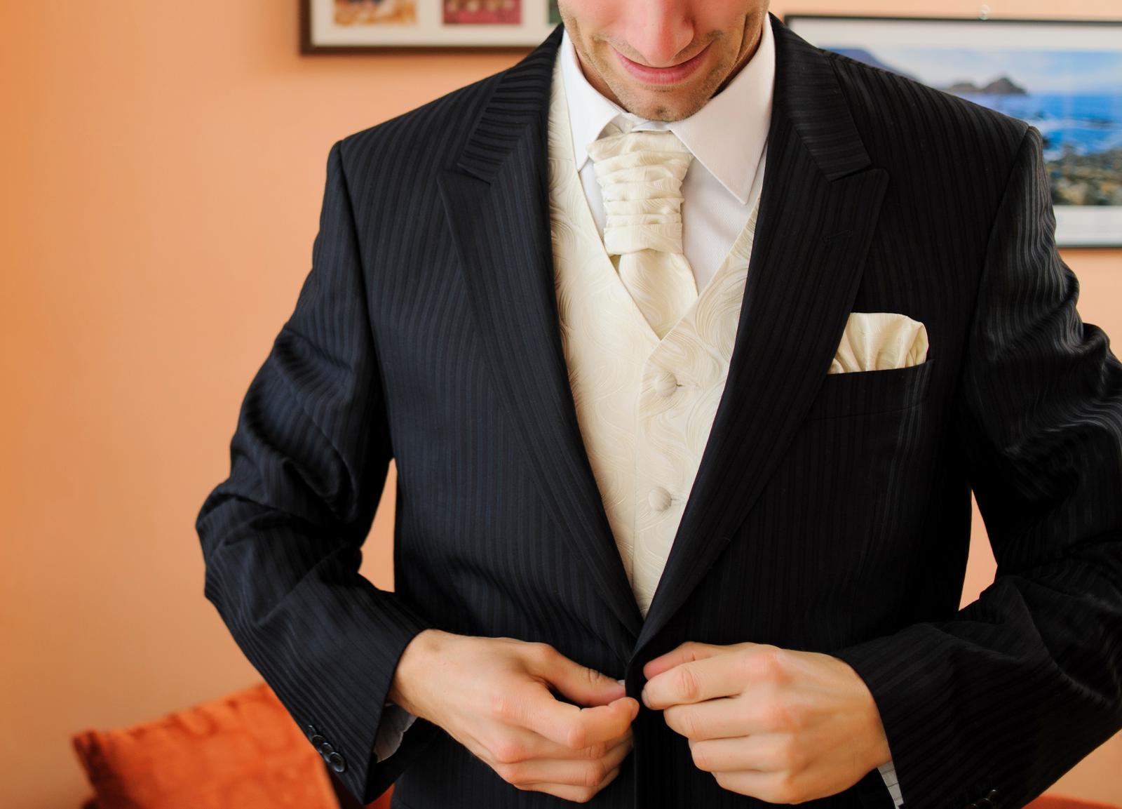 oblek Matteo Bernetti 54-56 - Obrázok č. 1