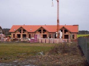 Únor 2008