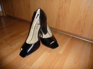 boty po polnoci