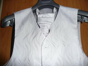 detail na kravatu