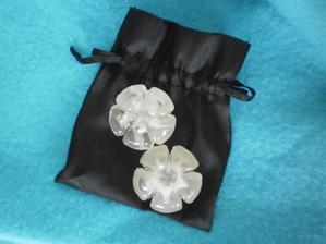 chrániče podpatků- bohužel jsou na jehlové a tudíž je nevyužiji :(