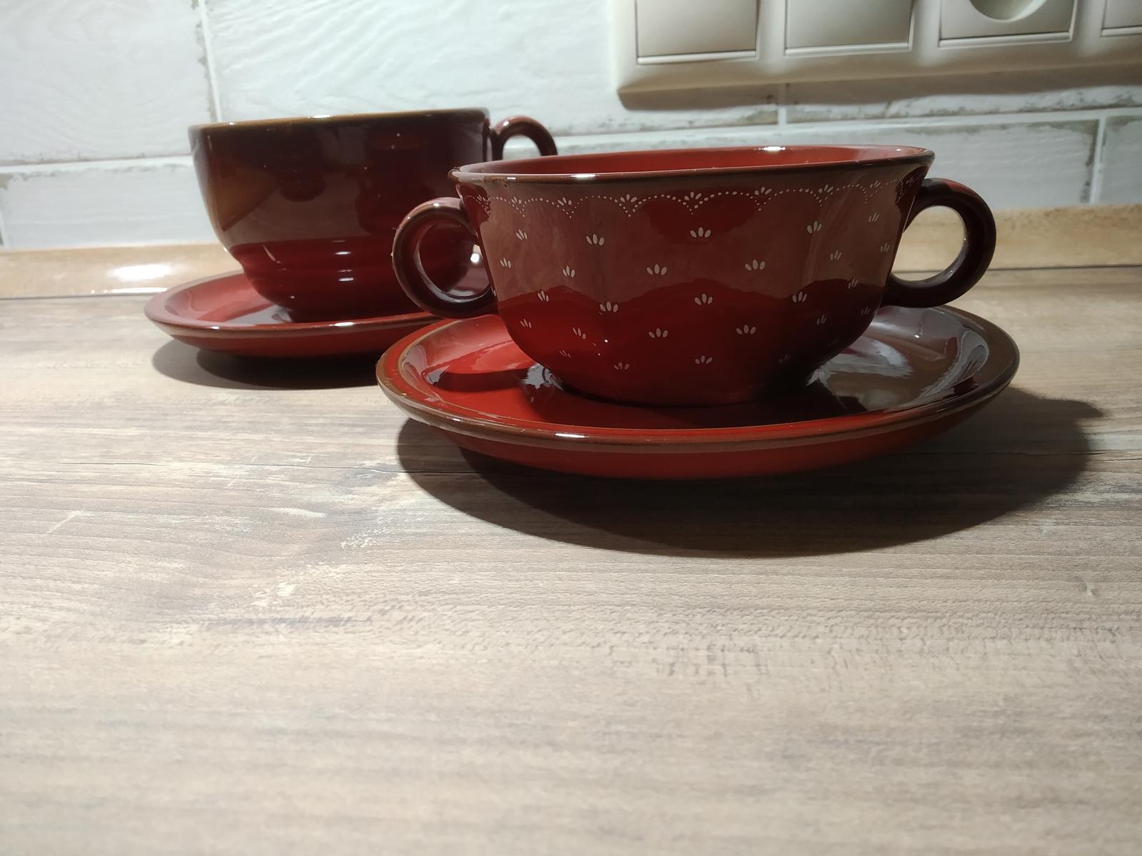červené taniere - Obrázok č. 2