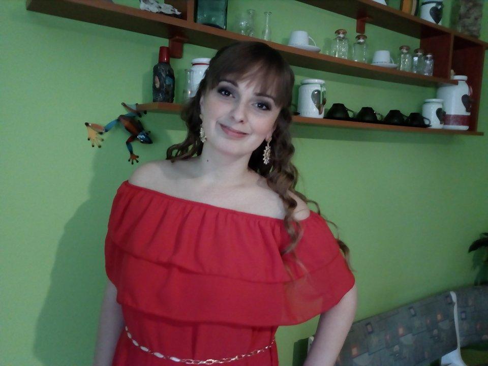 Červené spoločenské šaty - Obrázok č. 3