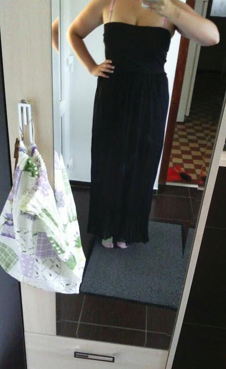 Dlhé čierne šaty bez ramienok - Obrázok č. 1
