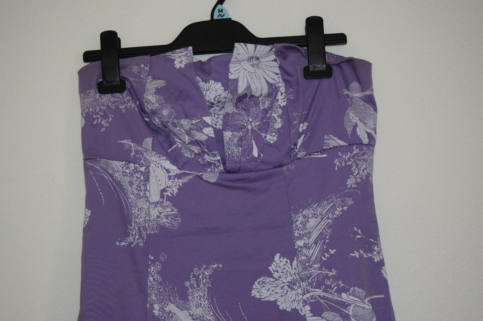 Fialové šaty - Obrázok č. 4