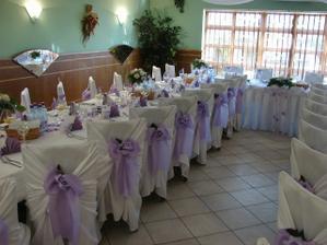 Svadba bude ladená určite do fialova...