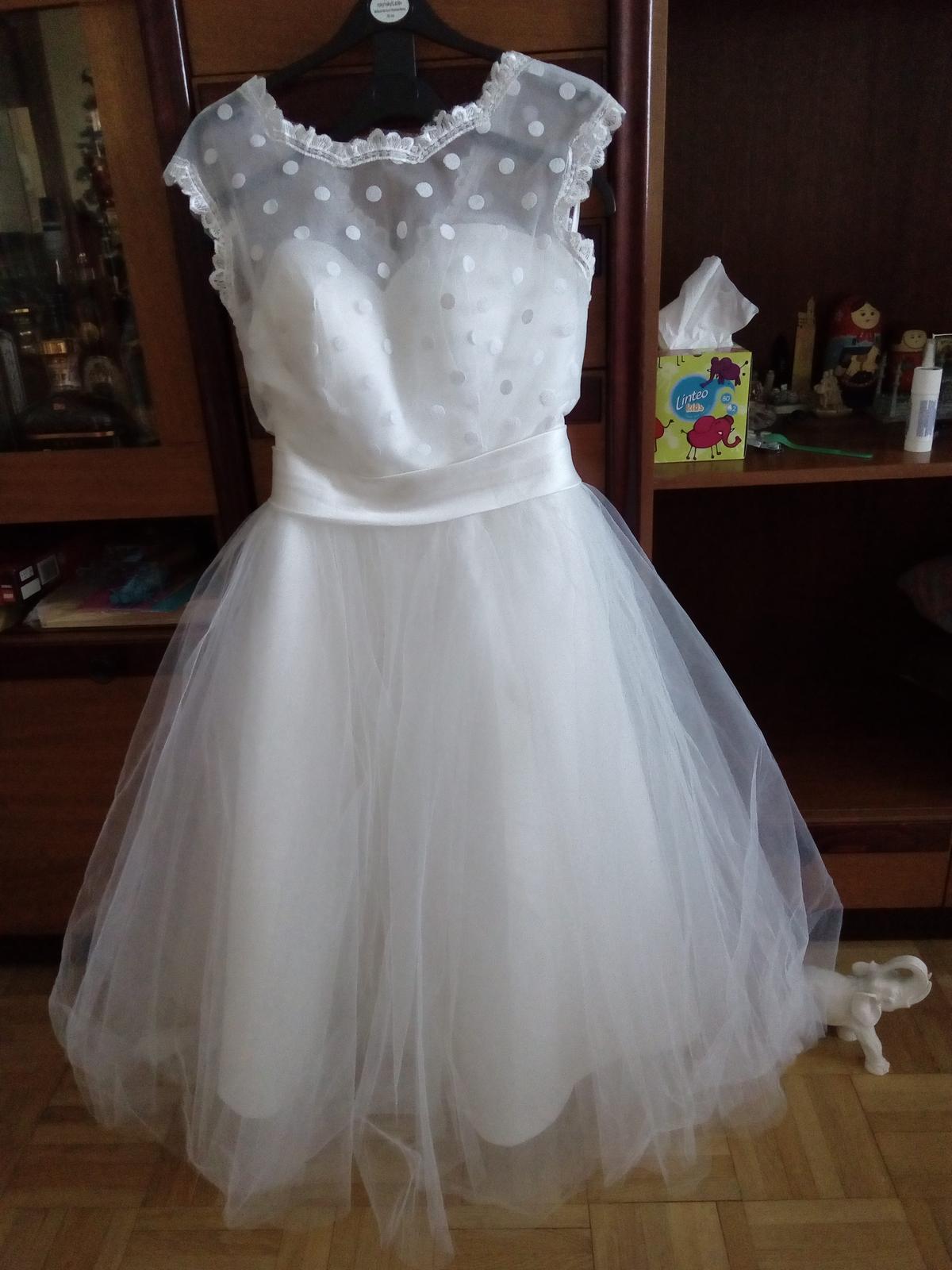 Svadobné retro šaty - Obrázok č. 1