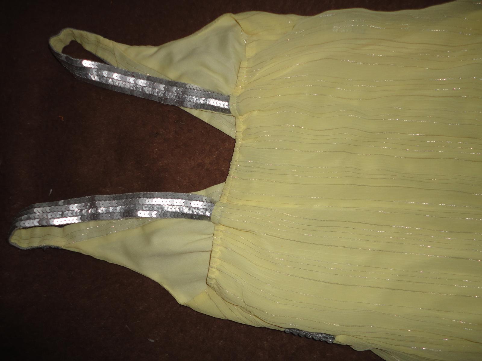 žlté šaty s aplikáciou - Obrázok č. 4