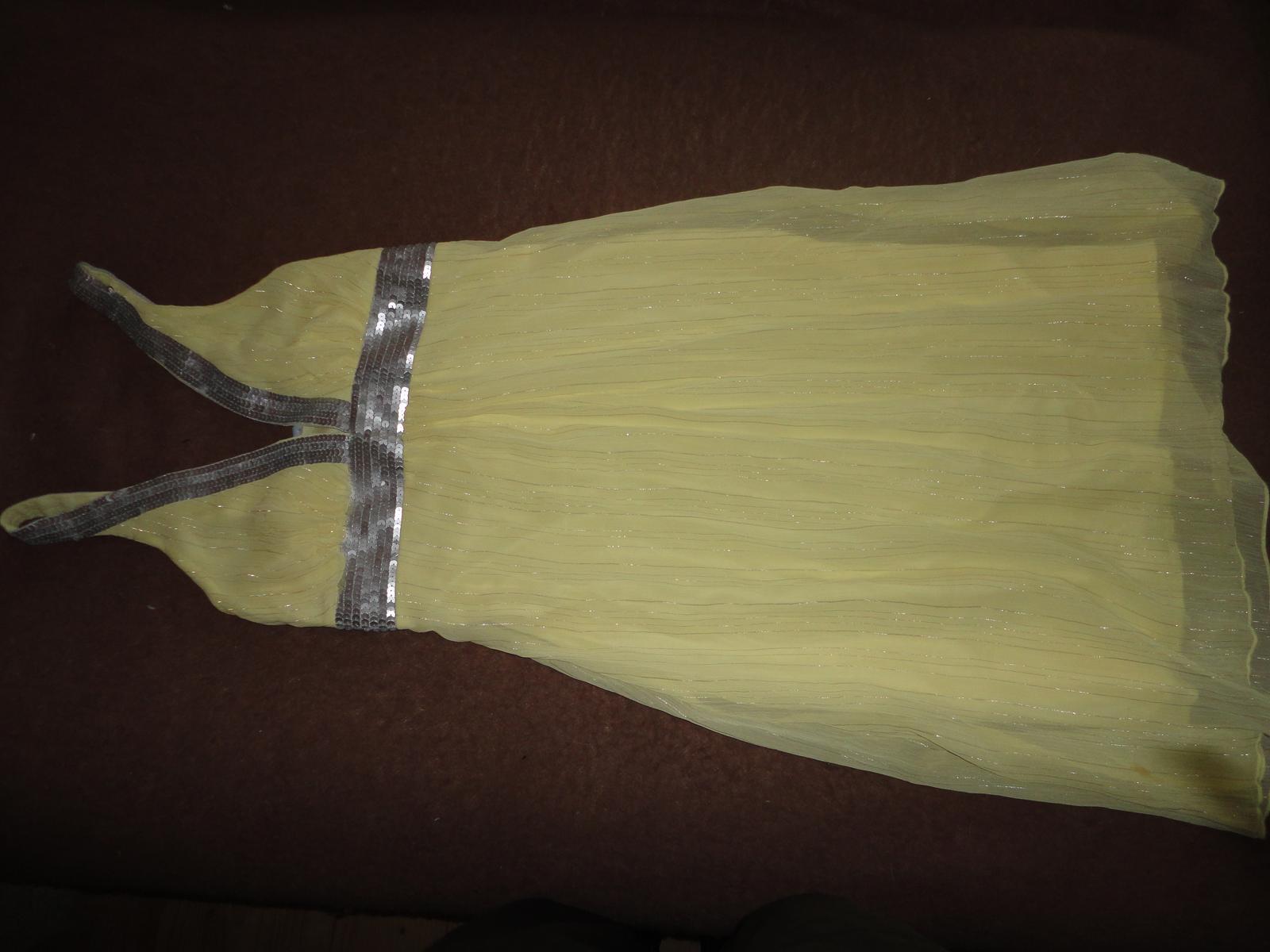 žlté šaty s aplikáciou - Obrázok č. 1