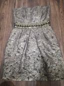 Pekné metalicke šaty, 34