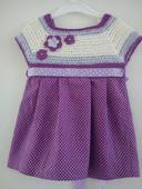 Háčkované šaty, 74