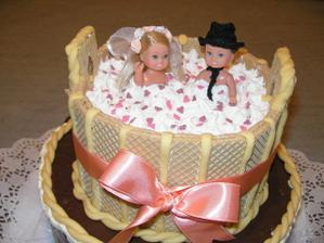 ...a naša tortička.