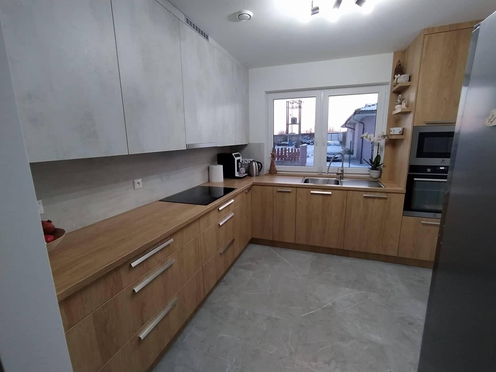 bungaLOVE - nie, kuchyňa z ďaleka nie je taká obrovská ako vyzerá :D