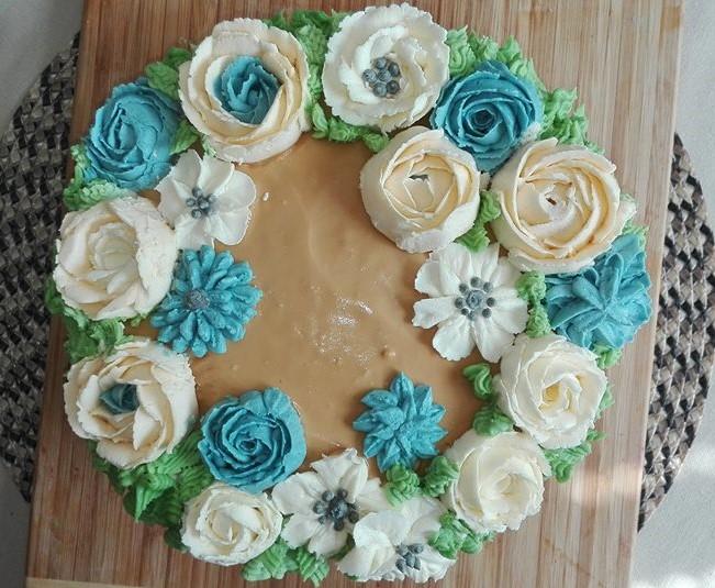 (Ne)tradicne zdobene torty :-) - Obrázok č. 35