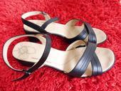 Páskové černé sandály na podpatku, 41