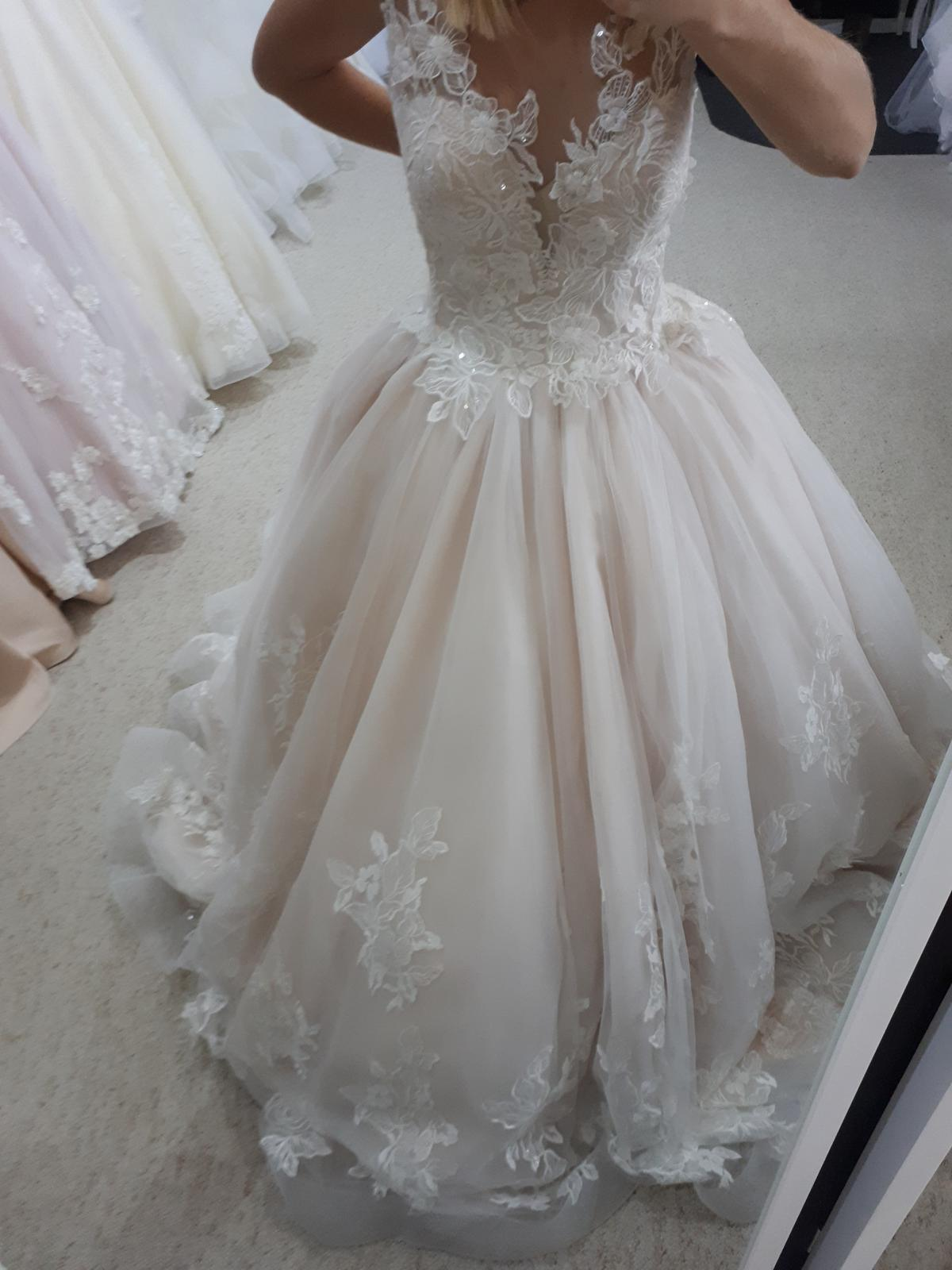 Svadobné šaty šitie - - Svadobné salóny a požičov... 88890f49db7