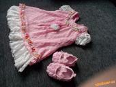 růžové krajkové šaty+capáčky, 80