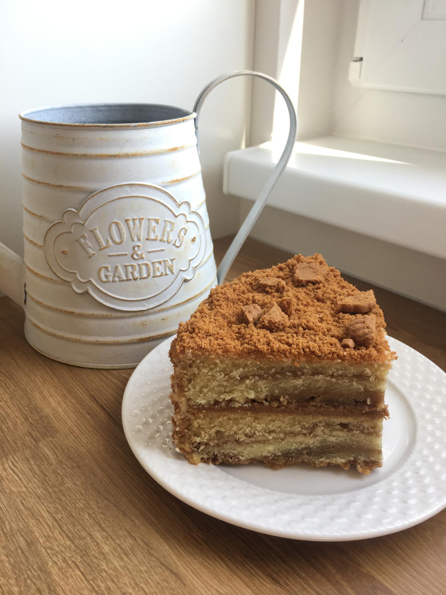 Naše kuchyň 2020 - Veganský dort - ze sušenek