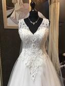 Svatební šaty IRYNA KOTAPSKA, 36