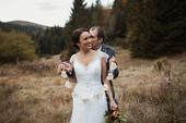 Velmi pohodlne jednoduche svadobne saty, 38