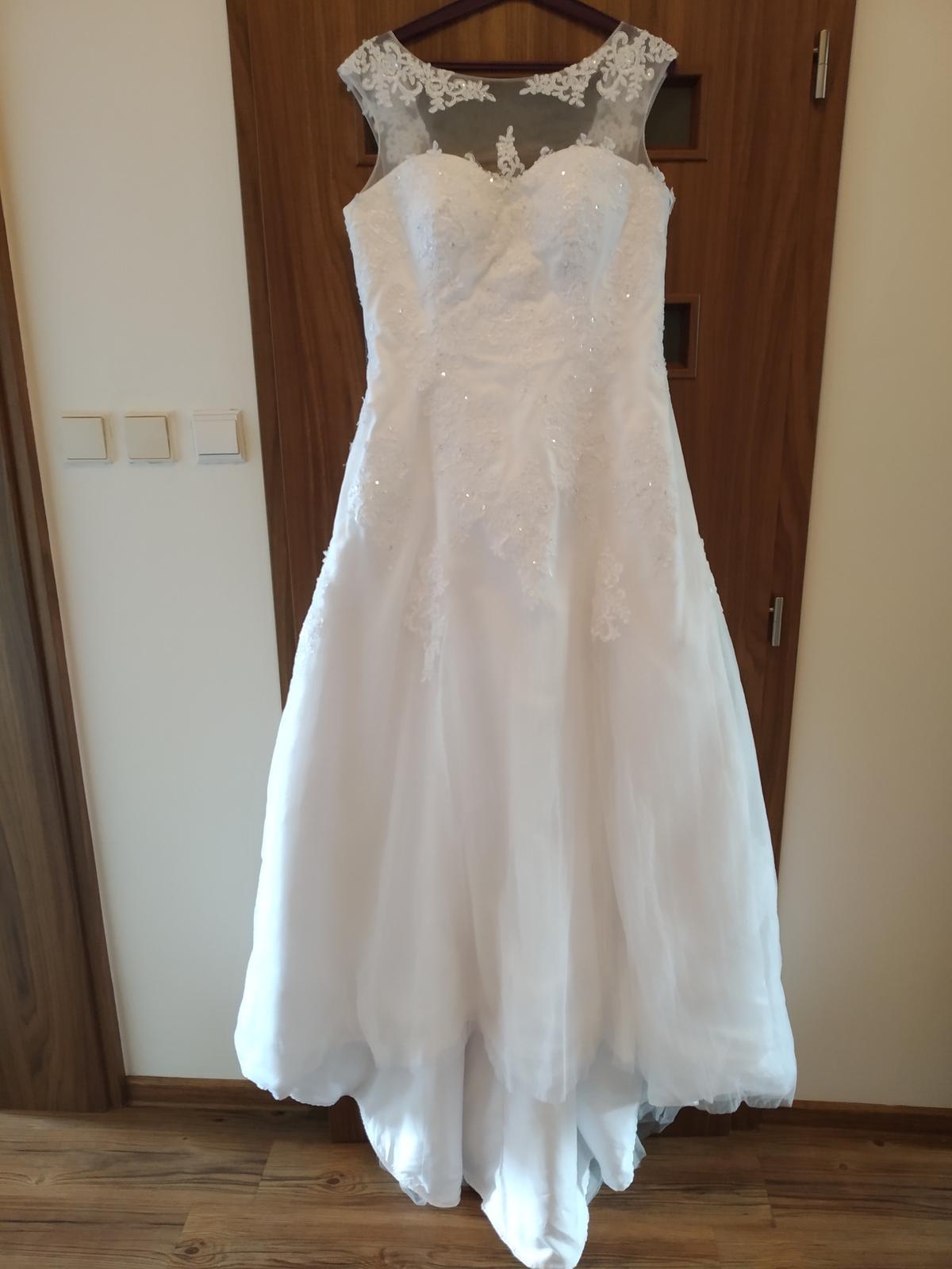 Bílé svatební šaty  - Obrázek č. 4
