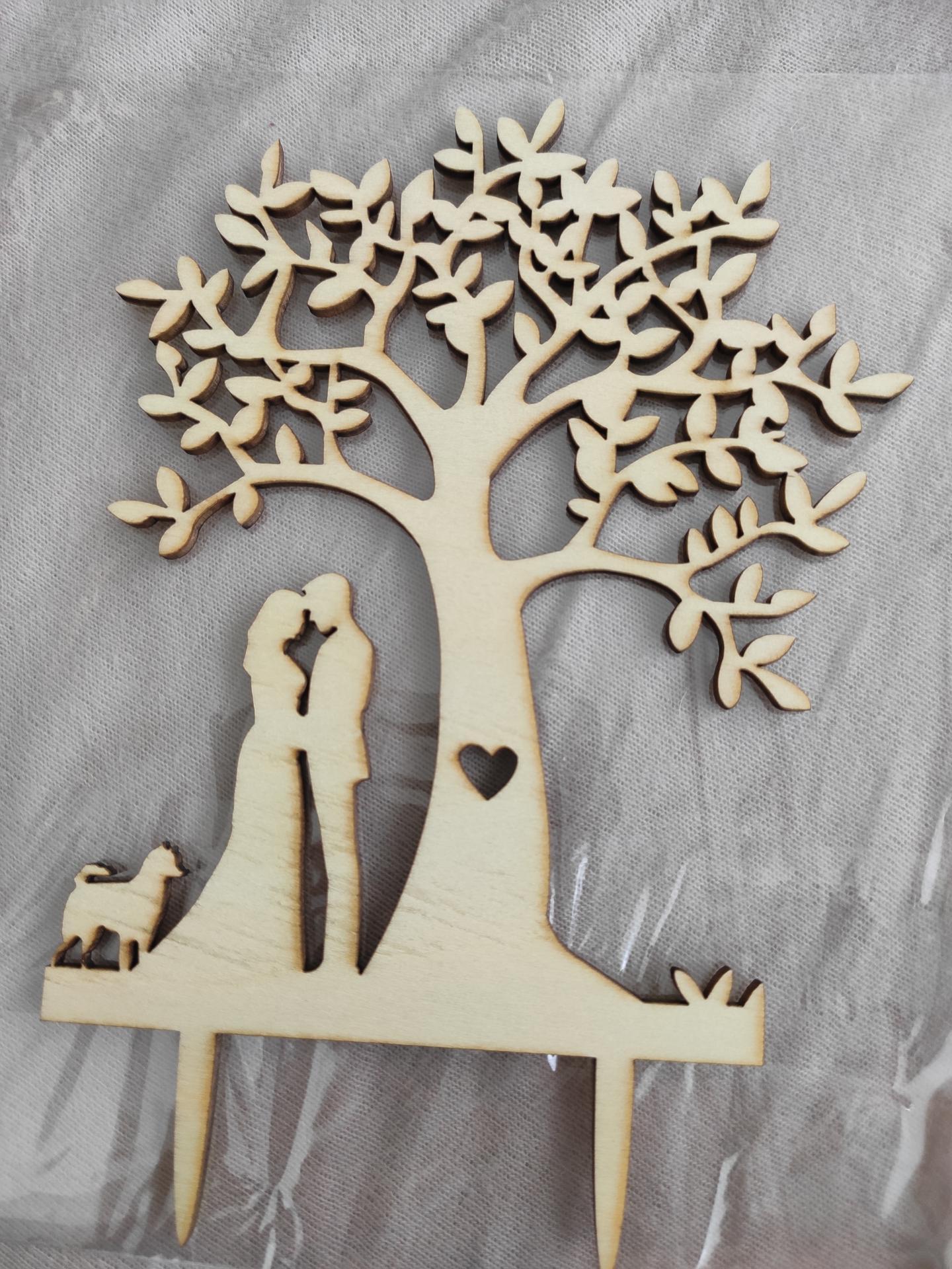 Svatební přípravy - Personalizovaný zápich do dortu s našim pesanem, protože bez ní to nejde 😁🐶