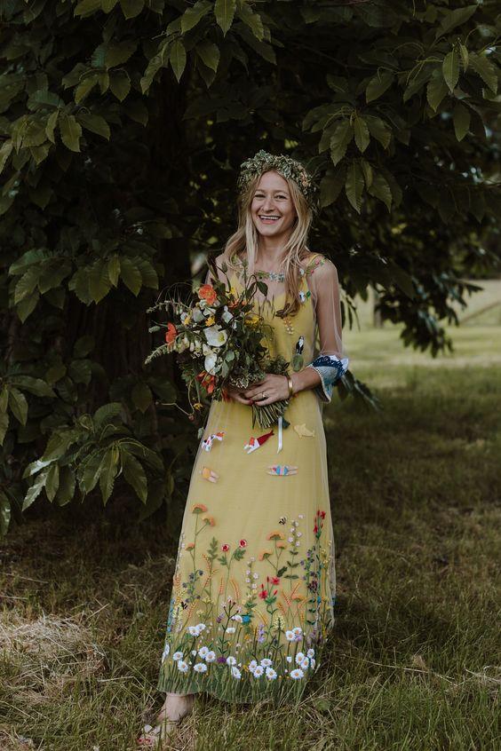 Farebné svadobné šaty - Obrázok č. 12