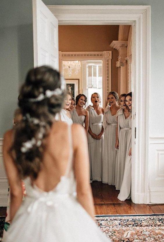 Prajeme vám krásny pondelok. :) Máme tu nevesty, ktoré najbližšie týždne čaká veľký deň D? Zdroj foto: Pinterest - Wedding Forward - Obrázok č. 1